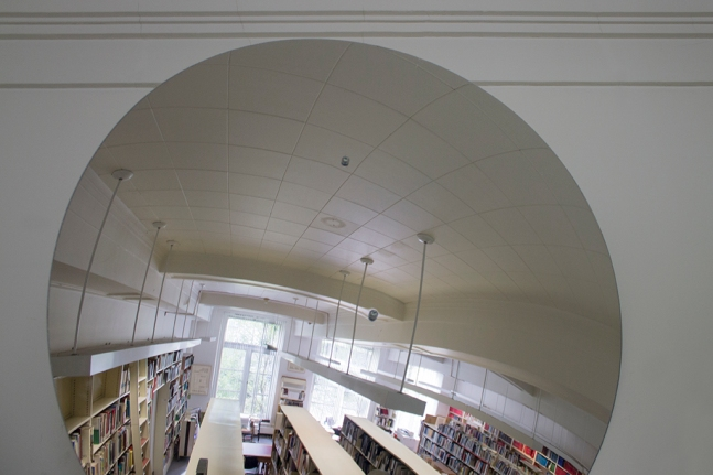 Library_02